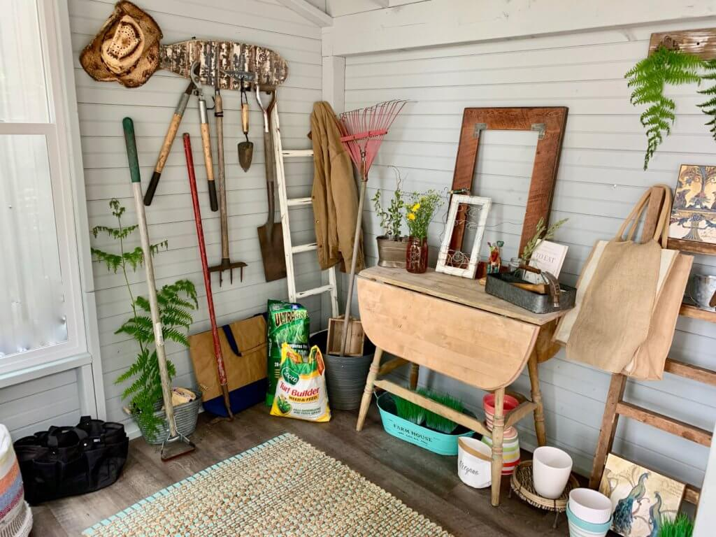 Gardening shed for a mindful space